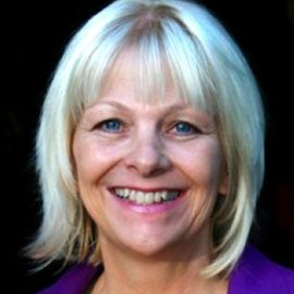 Donna Beegle Headshot