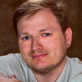 Bil Simser Headshot