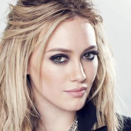 Hilary Duff Headshot