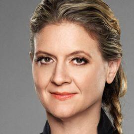 Amanda Freitag Headshot