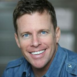 Chris Franjola Headshot