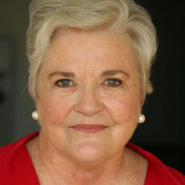 Patricia Benner Headshot