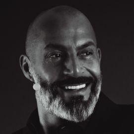 Igor Beuker Headshot