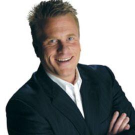Chris Widener Headshot