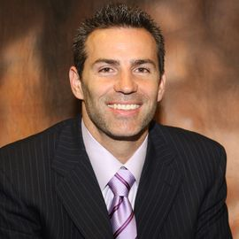 Kurt Warner Headshot