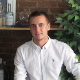 Maxim Razmakhin Headshot