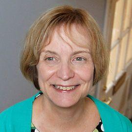 Linda Bevilacqua Headshot
