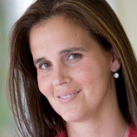 Mary Joe Fernandez Headshot