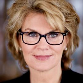 Anne Finucane Headshot