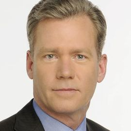 Chris Hansen Headshot