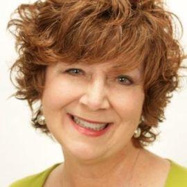 Lisa Boesen Headshot