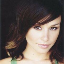 Danielle Harris Headshot