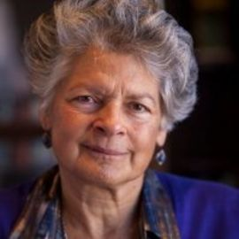 Ruth Thomasian Headshot