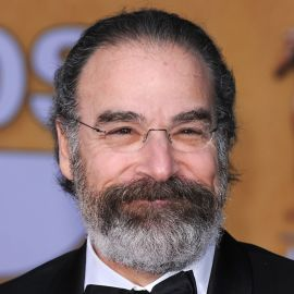 Mandy Patinkin Headshot