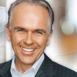 Bernhard Wolff Headshot