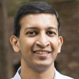 Raj Chetty Headshot