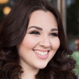 Sarah Rae Vargas Headshot