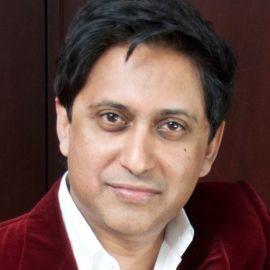 Dr. Srini Pillay Headshot