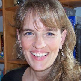 Leslie Connor Speaker Agent