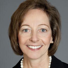 Mary Laschinger Headshot