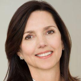 Beth Comstock Headshot