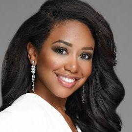 Jasmine Jones Headshot