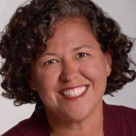 Monica Martinez Headshot