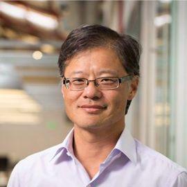 Jerry Yang Headshot