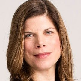 Amy DuRoss Headshot