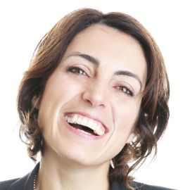 Silvia Garcia  Headshot