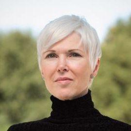Dr. Leanne Williams Headshot
