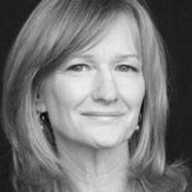 Debi Brooks Headshot