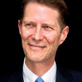 Chris Emery Headshot