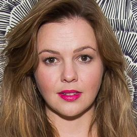 Amber Tamblyn Headshot