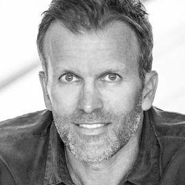 Peter Crone Headshot