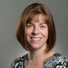 Amanda J. Rose Headshot