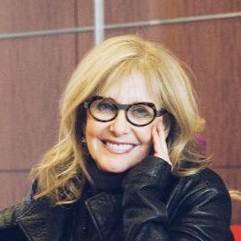 Joan Barnes Headshot