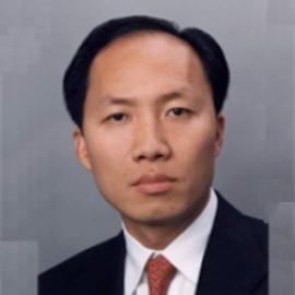 Chinh Chu Headshot