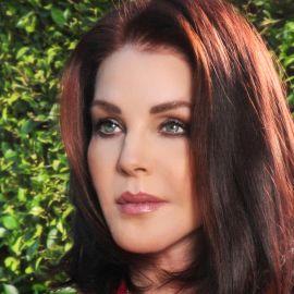 Priscilla Presley Headshot