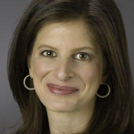 Emily Rothman Headshot