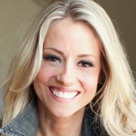 Nicole Curtis Headshot