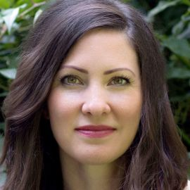 Kelly Brogan Headshot