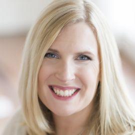 Katie Owens Headshot