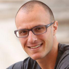 Brad Stulberg Headshot