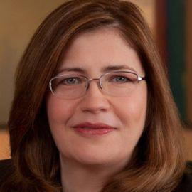 Tracy Keogh Headshot
