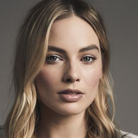 Margot Robbie Headshot