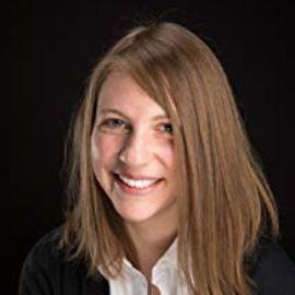 Larissa Rhodes Headshot
