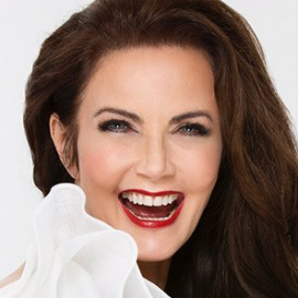 Lynda Carter Headshot