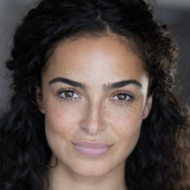 Anna Shaffer Headshot