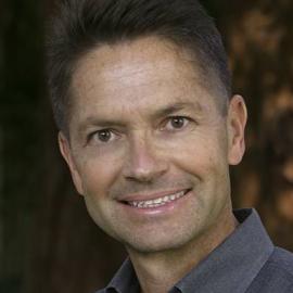 Dr. Robert Emmons Headshot